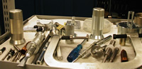 Инструменты для обслуживания двигателя яхты